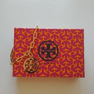 Gold chain Tory Burch necklace